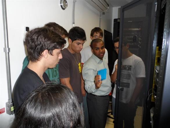alunos tecnico informatica visita fabrica estrela 07